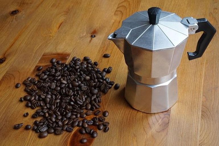 najlepsze kawiarki czym kierować się przy ich wyborze